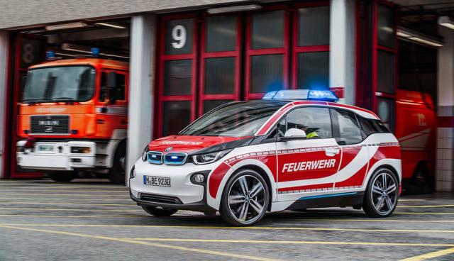 Elektroauto-Polizei-Feuerwehr