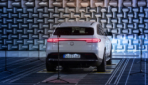 So hört sich das E-Auto-Warngeräusch des Mercedes EQC an