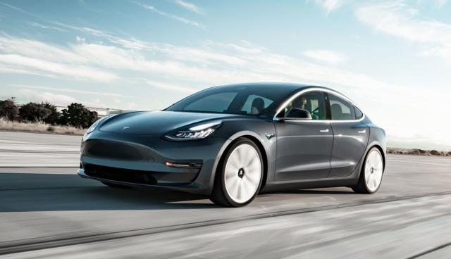 Tesla-Dienstwagen