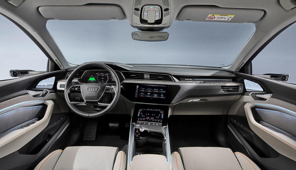 Audi-e-tron-50-quattro-2019-4