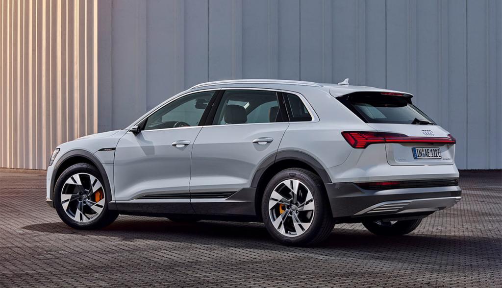 Audi-e-tron-50-quattro-2019-8