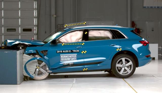 Audi-e-tron-IIHS-Crashtest