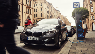 BMW-225xe-Active-Tourer-2