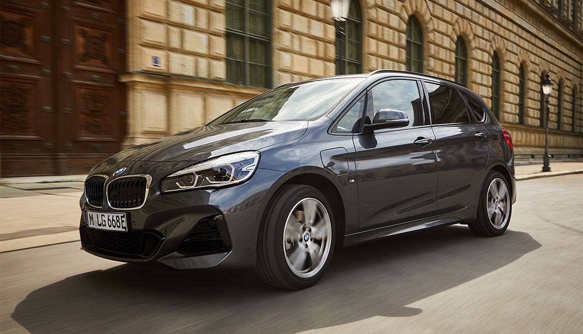 BMW-225xe-Active-Tourer-2019