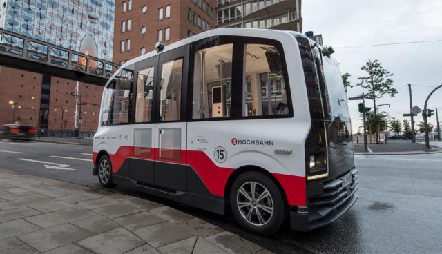 Elektro-Shuttle-IAV-Hamburger-Hochbahn