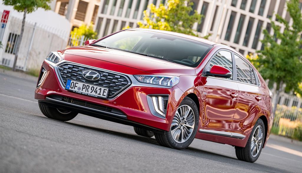 Hyundai-Ioniq-Plug-in-Hybrid–2020-5