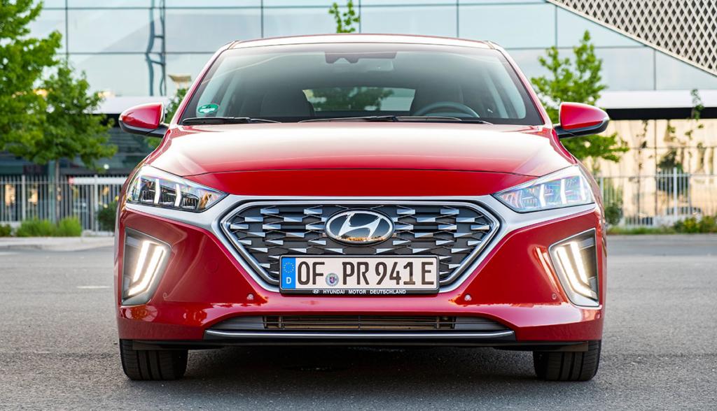 Hyundai-Ioniq-Plug-in-Hybrid–2020-9