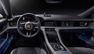 Porsche-Taycan-Cockpit-2019-3