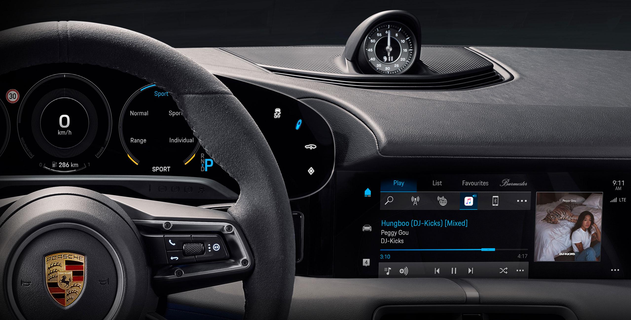 Porsche-Taycan-Cockpit-Bild