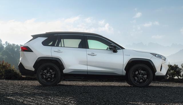 Toyota-RAV4-Ecotest