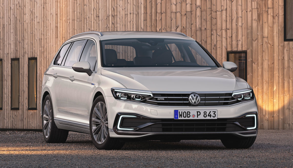 VW-Passat-GTE-2019-3