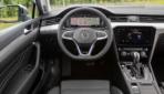 VW-Passat-GTE-2019-9