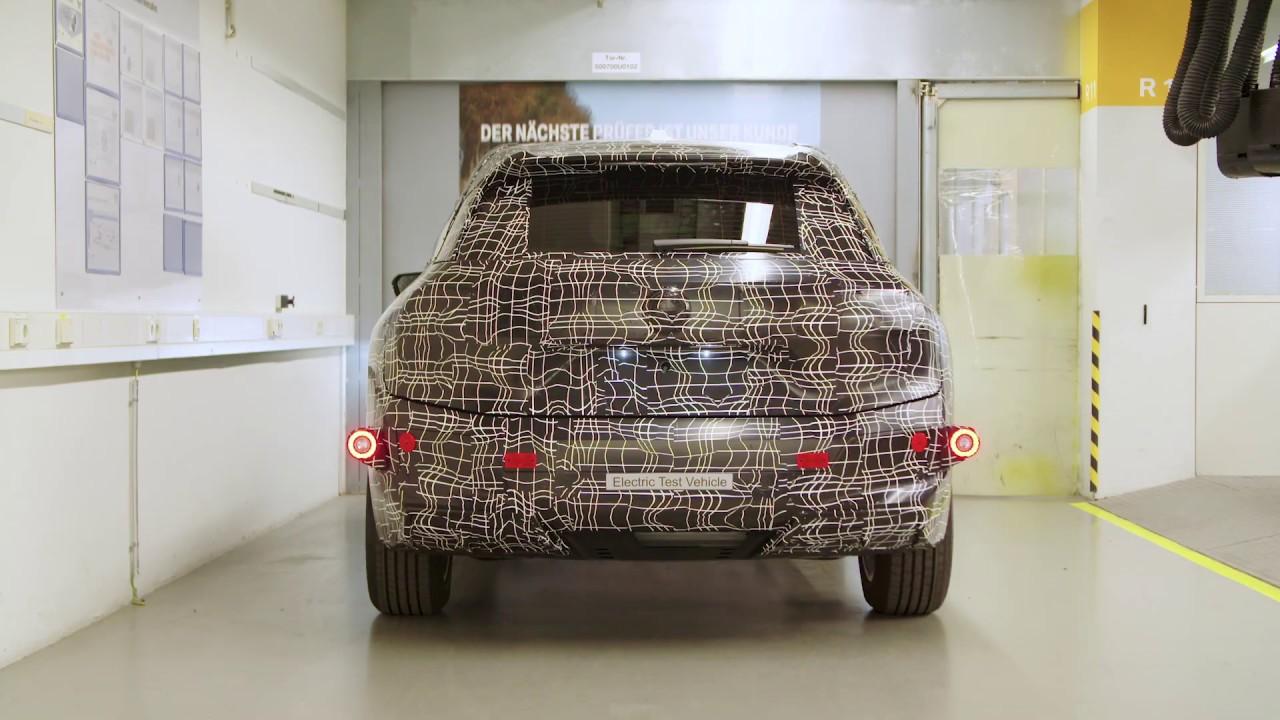 """Zukunftsbaukasten"" iNEXT: BMW zeigt Prototypen-Bau im Pilotwerk"