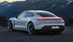 Porsche-Taycan-Turbo-S-2019-14