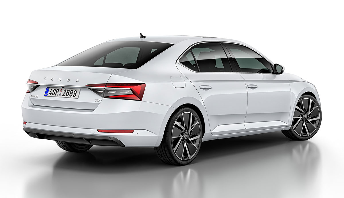 Skoda-Superb-iV-Plug-in-Hybrid-2019-2