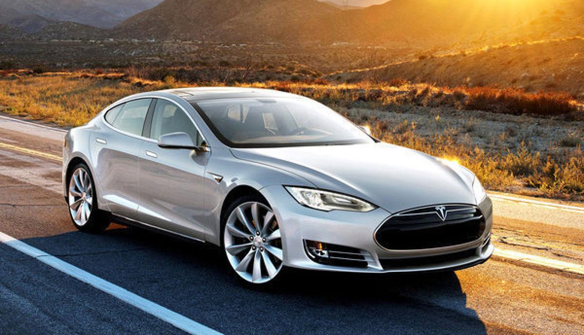 Tesla-Model-S-2012
