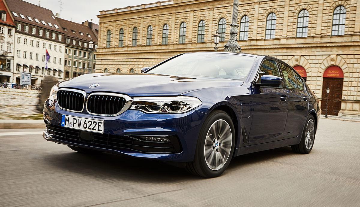 BMW-530e-2019