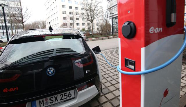 Elektroauto-Umfrage
