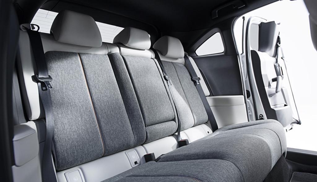 Mazda-MX-30-2019-1