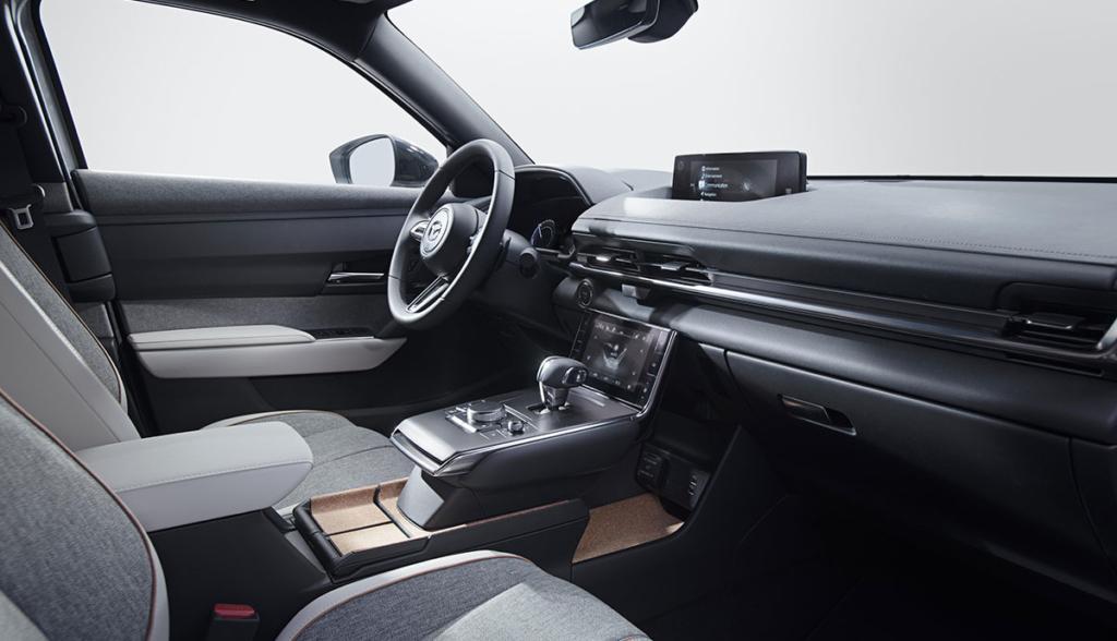 Mazda-MX-30-2019-3