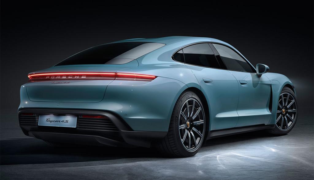Porsche-Taycan-4S-2019-8