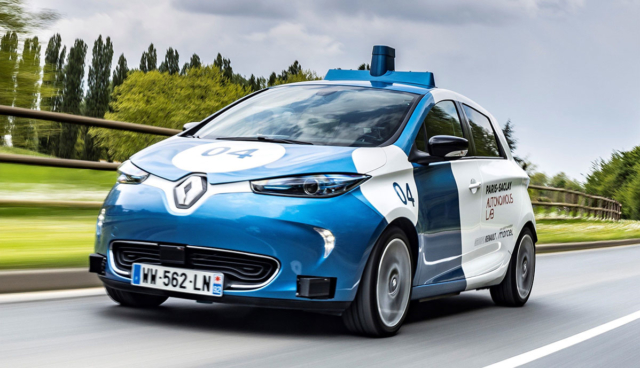 Renault-ZOE-Cab-2019-5