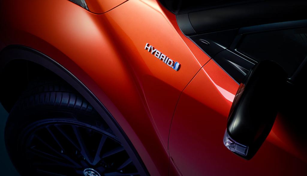 Toyota-C-HR-2019-4