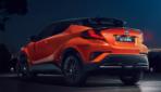 Toyota-C-HR-2019-5