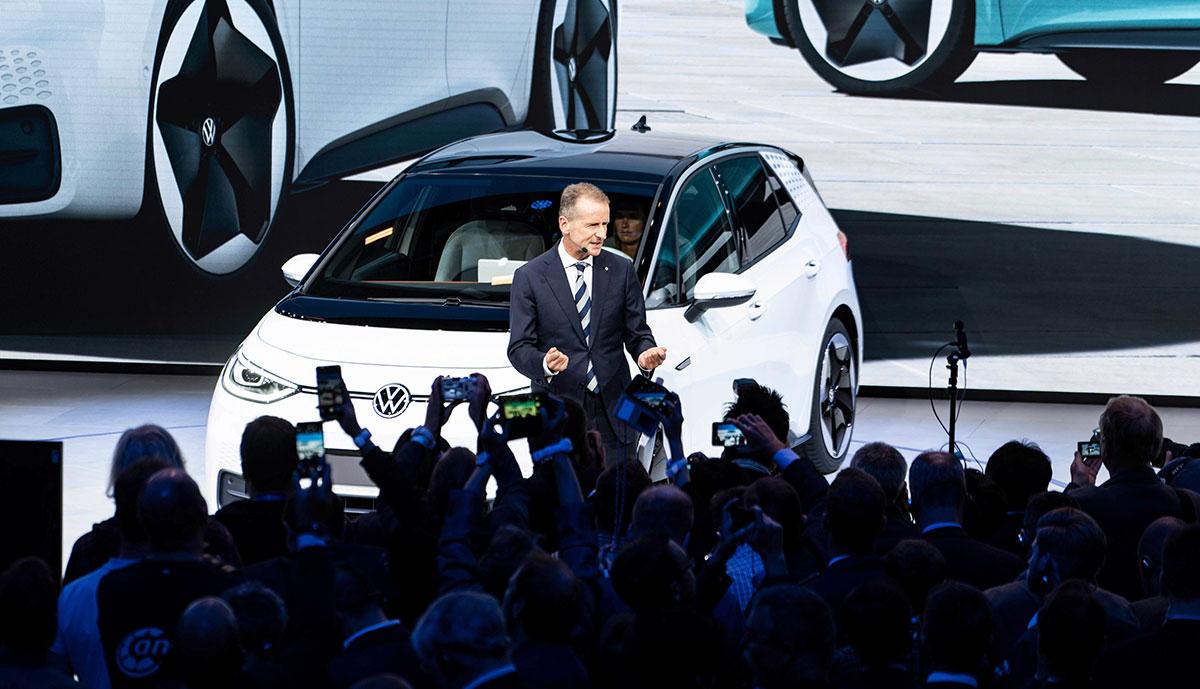 Volkswagen-Chef Diess erwartet keine schlechteren Margen durch neuen E-Auto-Fokus