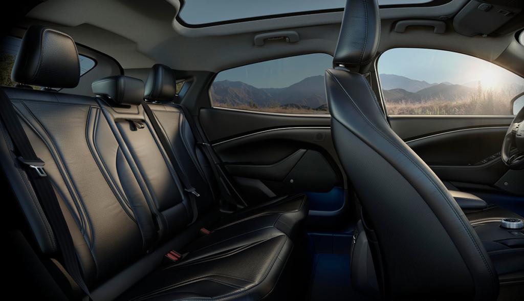 Ford Mustang Mach-E-Bilder-2019-17