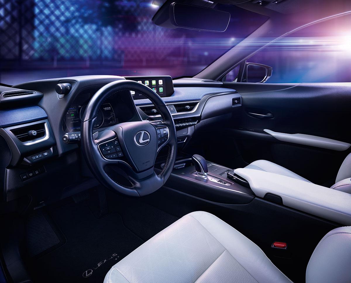 Lexus-UX-300e-2019-4