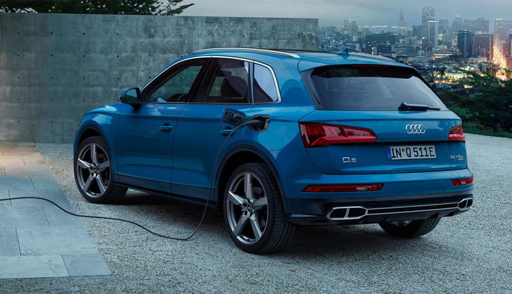 Audi-Q5-55-TFSI-e-quattro-2019-5