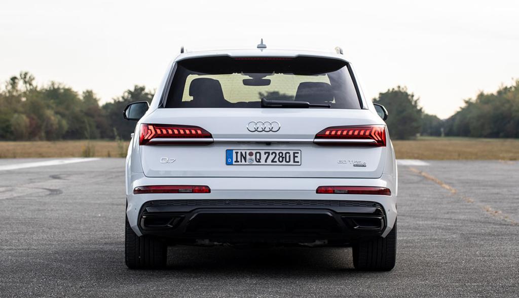 Audi-Q7-TFSI-e-quattro-2019-4