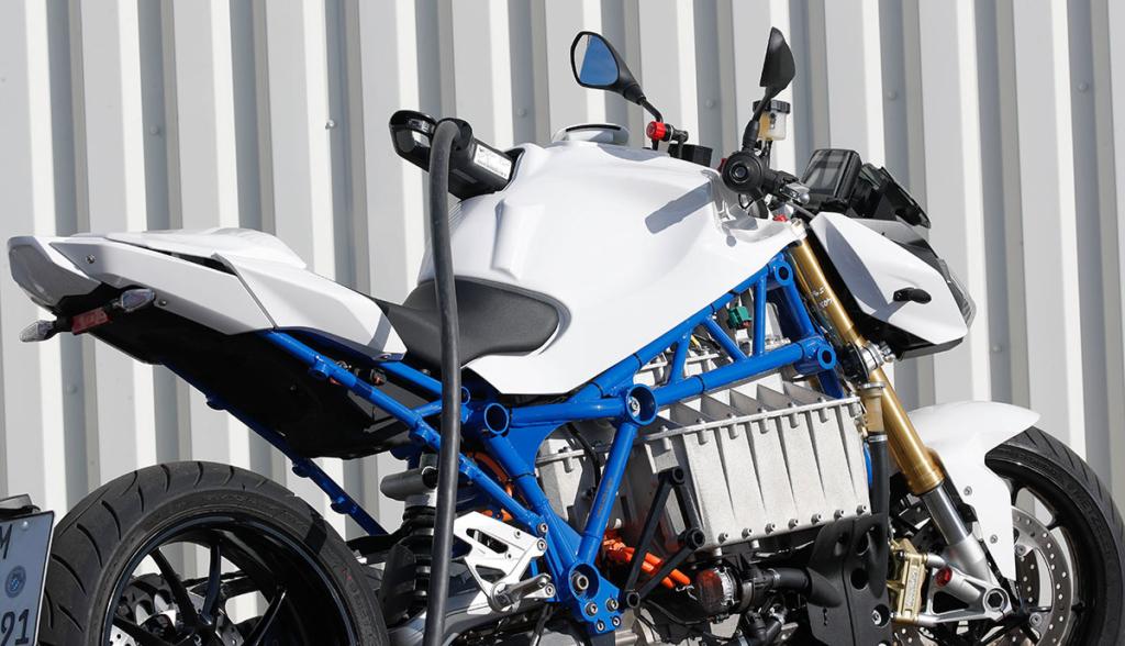 BMW-E-Power-Roadster-Concept-2019-1