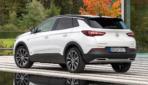 Grandland-X-Hybrid-2019-5