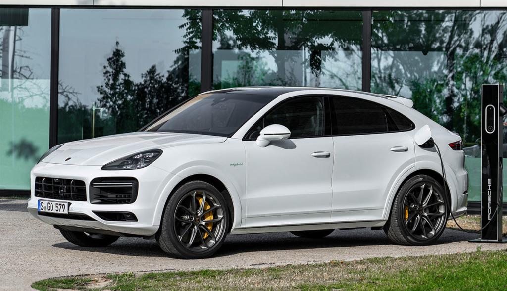 Porsche-Cayenne-Turbo-S-E-Hybrid-Coupe-2019-3