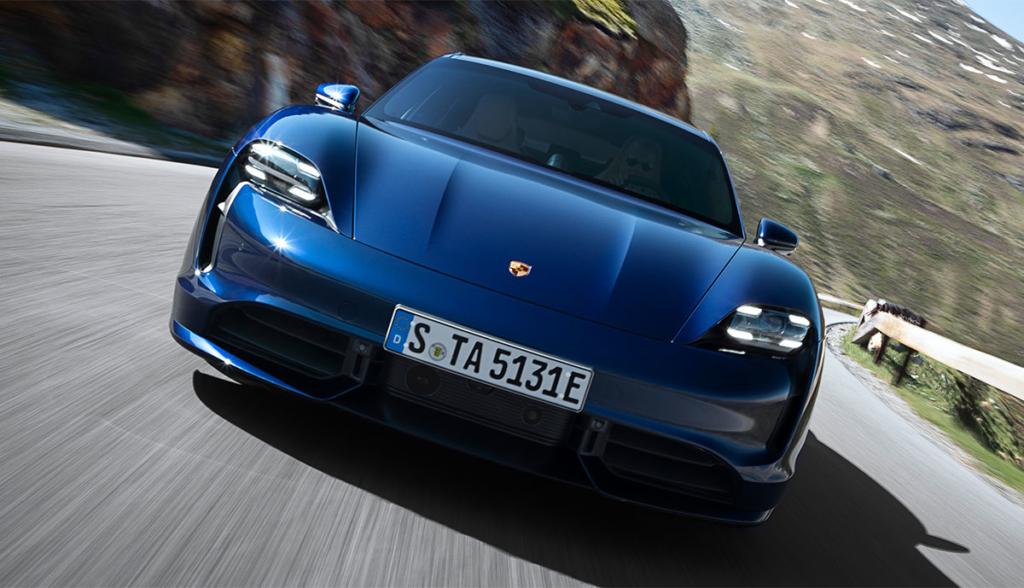 Porsche-Taycan-Turbo-2019-1