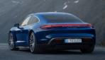 Porsche-Taycan-Turbo-2019-2