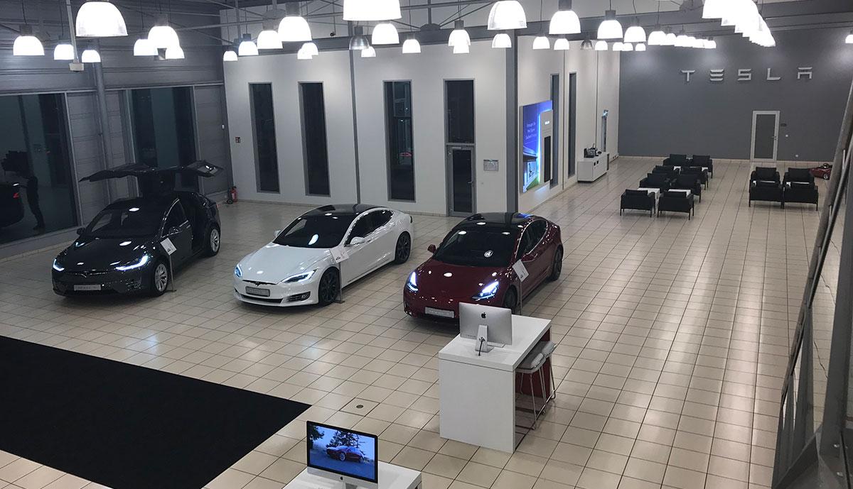 Tesla-Service-Hannover-innen-2