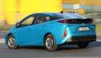 Toyota-Prius-Plug-in-Hybrid-2020-1