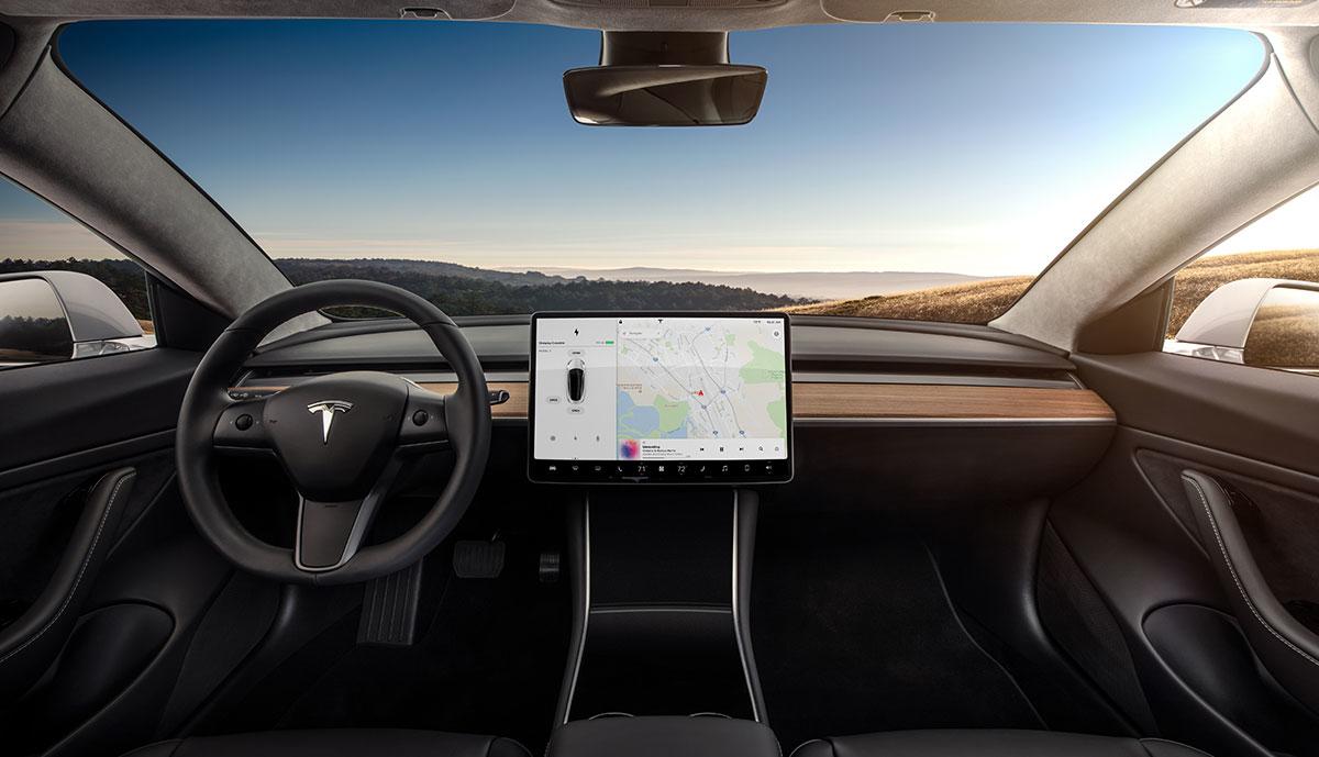 Tesla-Model-3-Innen