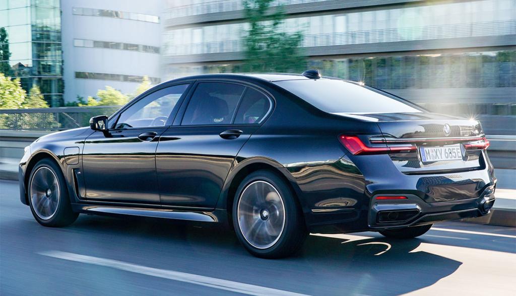 BMW-745e-2020-2