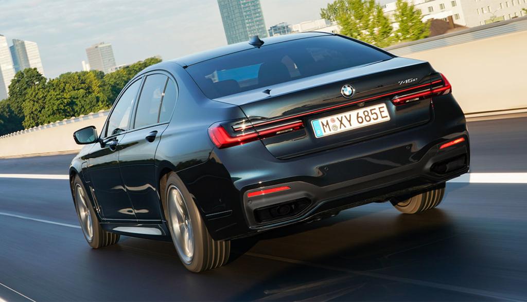 BMW-745e-2020-4