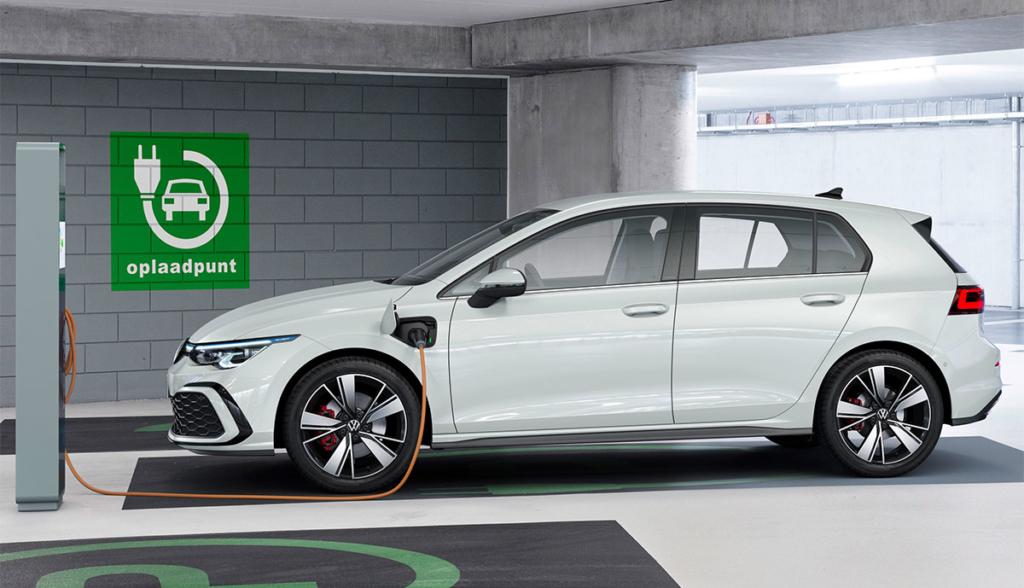 Golf-GTE-2020-1