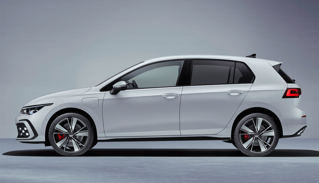 Golf-GTE-2020-4