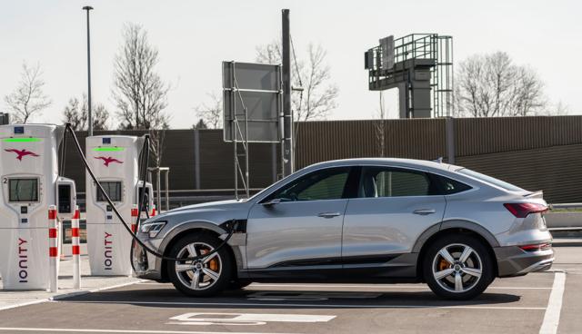Audi-e-tron-Ladeleistung-Ladekurve-1