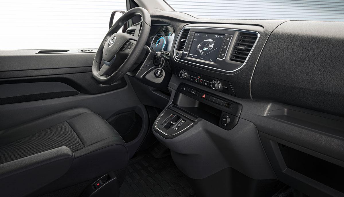Opel–Vivaro-e-2020-7