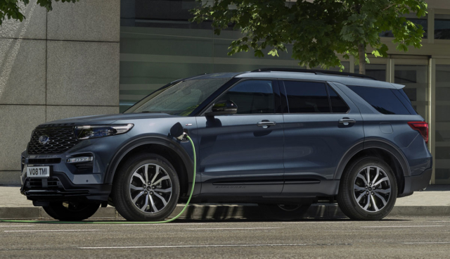 Ford-Explorer-Plug-in-Hybrid-2020