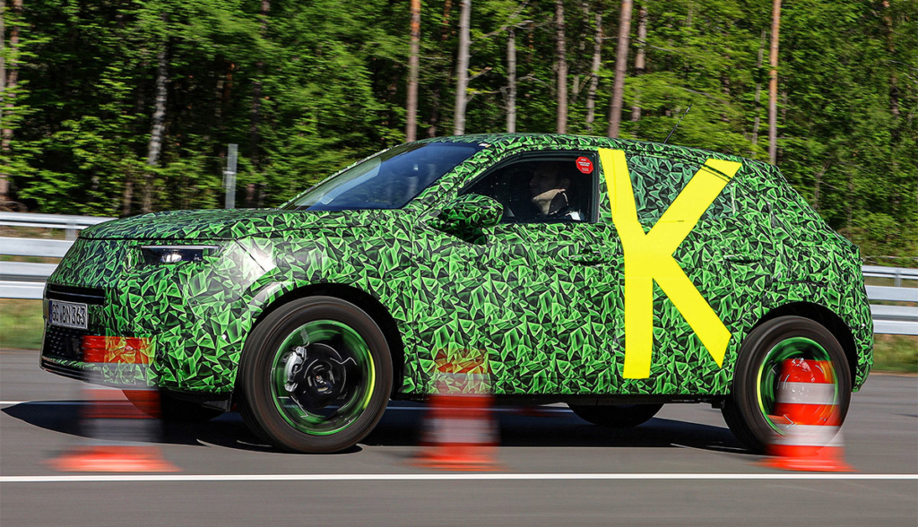 Opel-Mokka-e-getarnt-2020-6