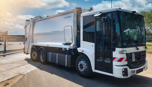 Quantron-Mercedes-e-Econic-2020